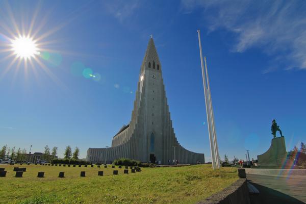Islanda terra di ghiaccio e fuoco luoghi itinerari for Casette di legno in islanda reykjavik